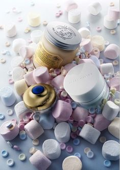 Cosmetic still life with marshmallows - Peter Lippmann: