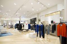 Holt Renfrew store lighting by Suzanne Powadiuk Design in partnership with Salex, Toronto — Canada Visual Merchandising, Your Design, Modern Design, Holt Renfrew, City Select, Commerce, Toronto Canada, Design Furniture, Retail Design
