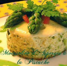 Mousseline d'asperges a la pistache Mousse, Empanadas, Mashed Potatoes, Sushi, Ethnic Recipes, Desserts, Crudites, Aloe Vera, French