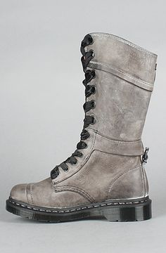 Doc Martens, these wud be adorablw for sturdy winter boots!