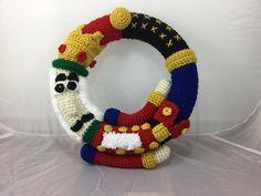 Nutcracker Wreath pattern by Lisa Kingsley
