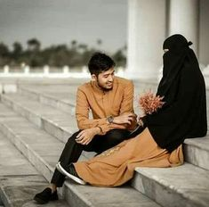 Dawar Siddiqui Cute Muslim Couples, Couples In Love, Romantic Couples, Muslim Couple Photography, Wedding Photography Poses, Couple With Baby, Islamic Posters, Islamic Quotes, Cute Baby Girl Pictures