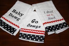georgia+bulldog+baby+shower+ideas | Choose ONE Georgia Bulldog Burp Cloth by polkadotpixie on Etsy