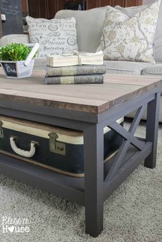 Barn Wood Top Coffee Table Bless'er House - Gorgeous way to cover up a scratched, peeling veneer coffee table top! Furniture Projects, Furniture Makeover, Wood Furniture, Outdoor Furniture, Diy Coffee Table, Decorating Coffee Tables, Coffee Table Painted, Farmhouse Coffee Tables, Grey Wood Coffee Table