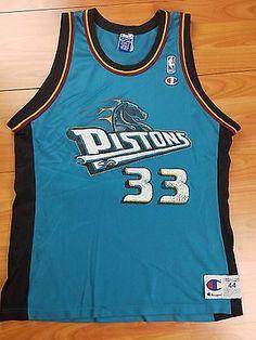 VTG Men's Champion NBA Detroit Pistons Grant Hill #33 Jersey Size 44