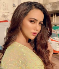 Like It 👍 or Love It 😘Sana Khan looks Super gorgeous Sana Khan, Glamour Ladies, Bollywood Celebrities, Hair Makeup, Lady, Outfits, Tall Clothing, Party Hairstyles, Hair Care