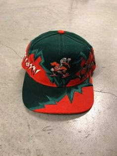 Vintage Miami Hurricanes Snapback Hat Boosie Badazz, Basic Shorts, Miami Hurricanes, New Era 59fifty, Fitted Caps, Snapback Hats, Nike Shoes, Street Wear, Sporty