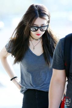 Suzy @ Gimpo Airport (head to Japan)