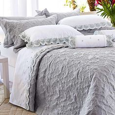 c89eb0fd4d Comprar roupa de cama online de qualidade ficou muito mais fácil! A Edecora  é a