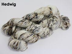 Hedwig Hedwig, Finger Weights, Merino Wool Blanket, Fiber, Textiles, Black, Black People, Low Fiber Foods, Textile Art