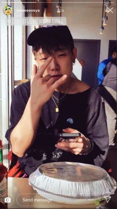 Bobby in America Bobby, Ikon Member, Ikon Kpop, Double B, Kim Ji Won, Pose Reference Photo, Korea Boy, Rapper, Kim Hanbin