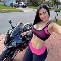 #BMWS1000R #BMWS1000RR #Motorcycle FIM Superbike World Championship, #BMW BMW Motorrad, Sport bike, Woman - Follow @extremegentleman for more pics like this!