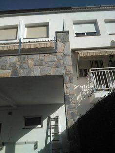 fachada de piedra , revestimiento de pared en piedra natural , piedra natural , decoración con piedra