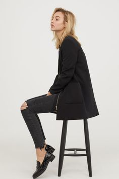 Black short coat: H&M H&m Online, Fall Winter Outfits, Coats For Women, Fashion Online, Black Women, Kids Fashion, Normcore, My Style, How To Wear