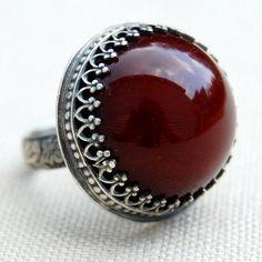 burgundy vintage ring