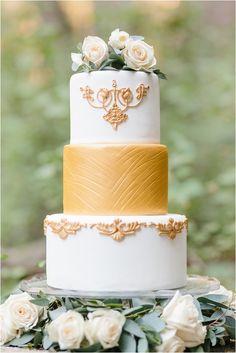 Love 'Em Sweet cake | Kristen Booth Photography