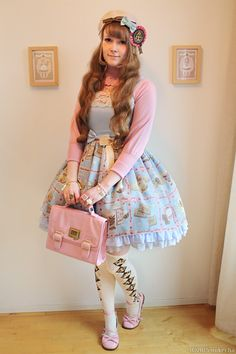 Cream Cookie Collection Jsk, bag, socks, shoes, ribbons, rosette, rings, bracelet: Angelic Pretty Knit, necklace: Baby, the Stars Shine Bright Bracelet in left hand: Metamorphose First outfit with this dress and I think I'm starting to really like sweet! The print is so adorable!
