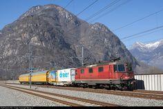420 244 SBB Re 420 (Re 4/4 II) at Biasca, Switzerland by Georg Trüb