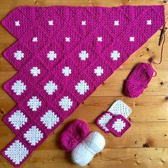 Crochet Granny Square Afghan, Granny Square Crochet Pattern, Crochet Squares, Crochet Blanket Patterns, Baby Blanket Crochet, Crochet Baby, Spiral Crochet, Afghan Blanket, Granny Squares