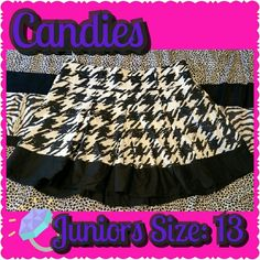 Candies Black & White Pleated Houndstooth Skirt Junior's Size 13 but fits on the little larger size unlike a lot of their things. Really soft & cute. I do not have the belt to it anymore but the belt loops are perfect for any wide belt! Perfect with a blazer!  *I try really hard to keep all of my clothing in great condition. Please notify me if you notice any defects that I might have missed! I want you to love it!   Brand: Candies Size: Jr's 13 Colors: Black & White  Material: 97% cotton…