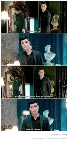 Raphael and Simon are my new ship Though only in the show, I don't ship book Simon and Raphael Immortal Instruments, Mortal Instruments Books, Shadowhunters The Mortal Instruments, Book Tv, Book Series, Clary And Simon, Fangirl, Shadowhunter Academy, Simon Lewis