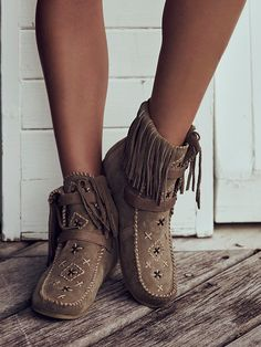 Last chance, then they're gone // Sam Edelman Mila Embriodered Moccasin at Free People Clothing Boutique