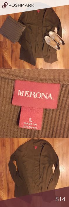 🙋🏻Merona Brown Waffle Knit Open Cardi Large This used to be my go to sweater! Size L, Merona, waffle knit, large collar, open cardigan from Target. It originally had a waist tie but I️ don't like things accentuating my waistline so I️ removed it (you can't tell it was there). Plus it's just more comfy as an Open Cardi! It is from the winter Merona line a few years back- they made grey and green ones as well. SO comfortable and EUC. It isn't my style anymore so time to pass on! Original…