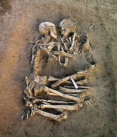 "Never to part - ""Lovers of Valdaro"". Valdaro, Italy. Neolithic period (5000-4000 BC). Double burials are rare, and the pose and the positioning of this couple are unique. After an initial examination of the bones, experts determined that the man and woman were no more than 20 years old, and both around 5 feet, 2 inches tall."