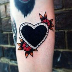Ideas tattoo old school black heart Mini Tattoos, Cover Up Tattoos, Black Tattoo Cover Up, Tattoos For Women, Tattoos For Guys, Cool Tattoos, Tattoo Life, Piercing Tattoo, Traditional Heart Tattoos
