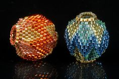 Zigzag beads. No pattern, just the photo. good for inspiration.