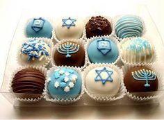 20 Hanukkah Desserts to Make the Holiday Even Sweeter Hanukkah Truffles Hanukkah Food, Hanukkah Decorations, Christmas Hanukkah, Happy Hanukkah, Hanukkah 2017, Hanukkah Recipes, Hanukkah Bush, Hanukkah Lights, Hanukkah Celebration