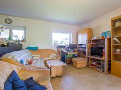 Draschitz: Sonne- Ruhe- Frische Luft- Hier lässt es sich leben ! » BEST PLACE immo Bunk Beds, Toddler Bed, Furniture, Home Decor, Air Fresh, Master Bathrooms, Living Dining Rooms, Sun