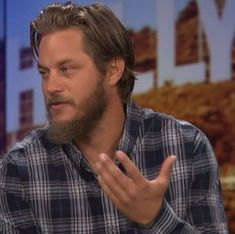 Vikings Tv, Travis Fimmel, My Man, Blue Eyes, Crushes, Daddy, Handsome, Men Casual, Actors