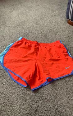 Nike running shorts youth large fits 00-2 Nike Running Shorts, Nike Shorts, Gym Shorts Womens, Youth, Fitness, Fashion, Moda, Fashion Styles, Fashion Illustrations