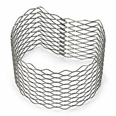 You will need three to cover one meter. They are made of galvanised steel. - Planting Basket Slope Reinforcement at Manufactum Landscape Design, Garden Design, Tiered Garden, Expanded Metal, Plant Basket, Stone Walkway, Small Backyard Design, Natural Garden, Brick And Stone