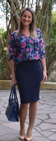 Look do dia - look de trabalho - workwear - work outfit - fall outfit - moda corporativa -blue - azul - floral - saia lápis - pencil skirt - scarpin