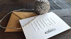 Letterpress geboortekaartje jongen – Hugo Een mooi kaartje voor Hugo. Aan de voorzijde hebben wij de naam gedrukt in preeg zonder inkt, met daaronder een porsche in zilverfolie, en aan... Luxury Business Cards, Baby Kind, Invitation Design, Letterpress, Thank You Cards, Kids Outfits, Baby Boy, Place Card Holders, Porsche