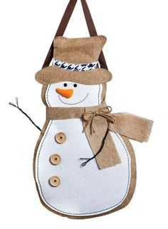 Burlap and felt snowman door hanger for your Winter, outdoor or indoor decor. Constructed with a polyester blend material that looks and feels like real burlap and accented with outdoor safe felt, and