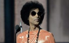 Prince withdraws music from online streaming services - Telegraph