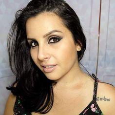 Boom diaaa lindaaas!! Quero lembrá-las que hoje teremos vídeo de maquiagem inspirada na Anitta !! O vídeo vai para o youtube ás 20h  !! Se programa aí para não perder o vídeo heim  > Canal : http://www.youtube.com/AneehAlves  #aneehalves #maquiagemanitta #ginza #videodemaquiagem #videos #uniaodeblogsvale #uniaodeblogsvp #sjc #jacarei #blogueira #beauty #beautyblog #maquiadora #maquiadoraprofissional