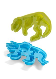 @Amanda Hartley~You already know who would love these.  Digging It Ice Trays | Mod Retro Vintage Kitchen | ModCloth.com