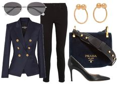 Жакет Balmain, солнцезащитные очки Elizabeth and James, джинсы Stella McCartney, туфли Gianvito Rossi, сумка Prada, серьги J.W. Anderson