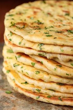 Greek Yogurt Turkish Flatbread (Bazlama) - thecafesucrefarine.com