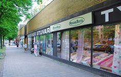 Vår butik i Göteborg Centrum erbjuder ett stort sortiment av textiler och tillbehör.
