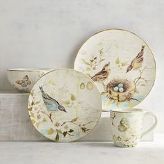 Nature lovers, take note. We've captured the beauty of the great outdoors to enjoy indoors. Crafted of dishwasher-safe earthenware, this collection is perfectly suited to enjoy every day.