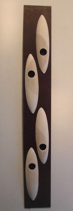"""Gabrella Civitate - """"TEXTURAS 1"""" Esculturas de parede - cerâmica e ferro"""