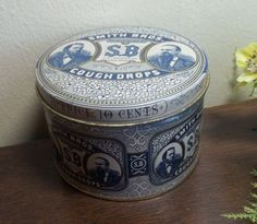 12.99  Vtg Smith Bros. Cough Drops 10 cent price tin.Blue & white #SmithBros