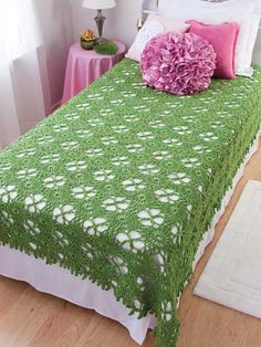Crochet - Afghan & Throw Patterns - Bed Afghans, Covers & Coverlets - Breath of Spring Coverlet