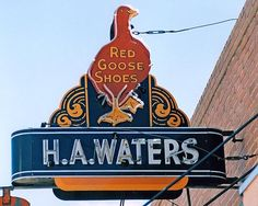 Red Goose Shoes, St. Louis, Missouri