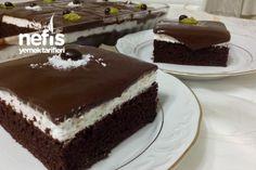 Şahane Ağlayan Pasta (Pratik Ve Bol Çikolatalı Sosuyla)
